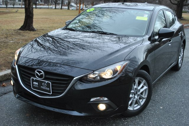 Certified Pre-Owned 2016 Mazda3 Hatchback i Touring